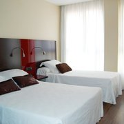Triple (1 cama de matrimonio+1 cama individual)