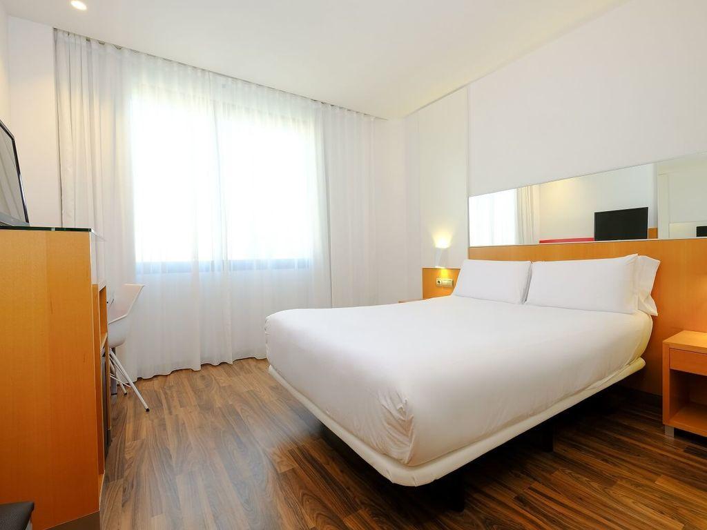 Habitaciones y suites del hotel sb icaria barcelona Habitacion hotel barcelona