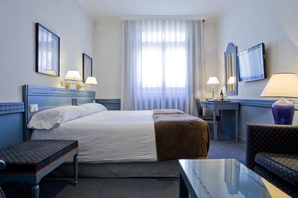 Habitaciones en el centro de madrid espahotel web oficial for Dormitorio 10 metros cuadrados