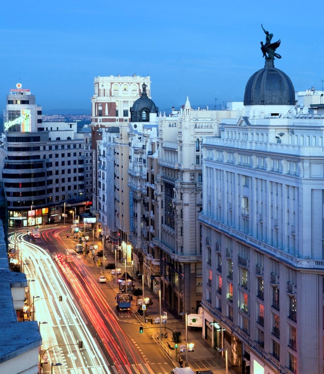 Study with Gran Via views