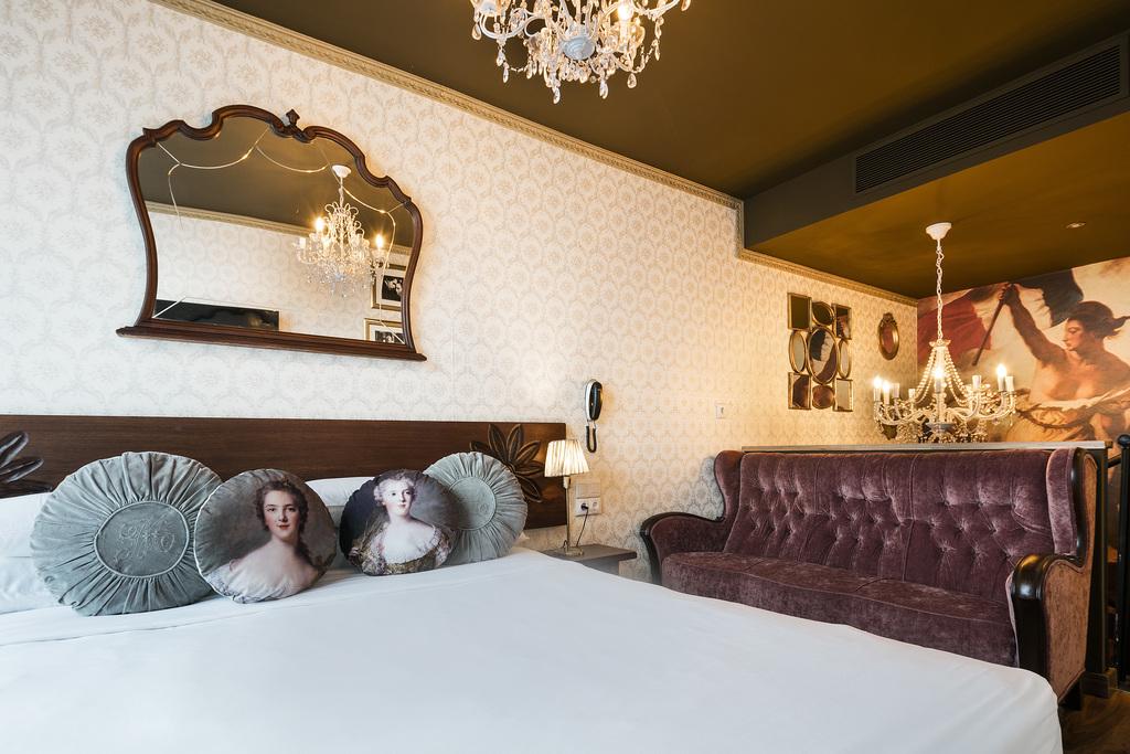Cosette Room