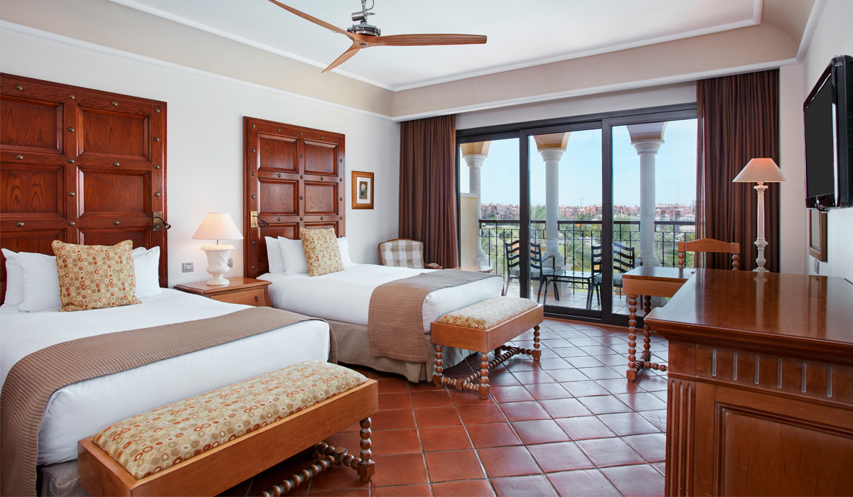 Deluxe Triple Room with Pool View