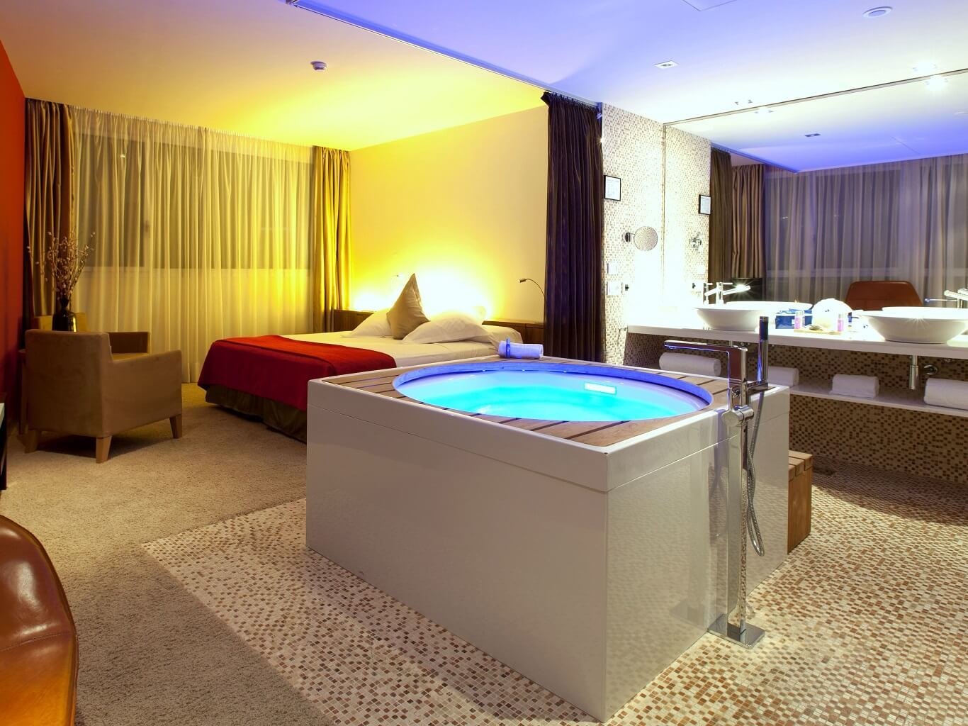 Hotels With Jetted Tubs In Room Near Me