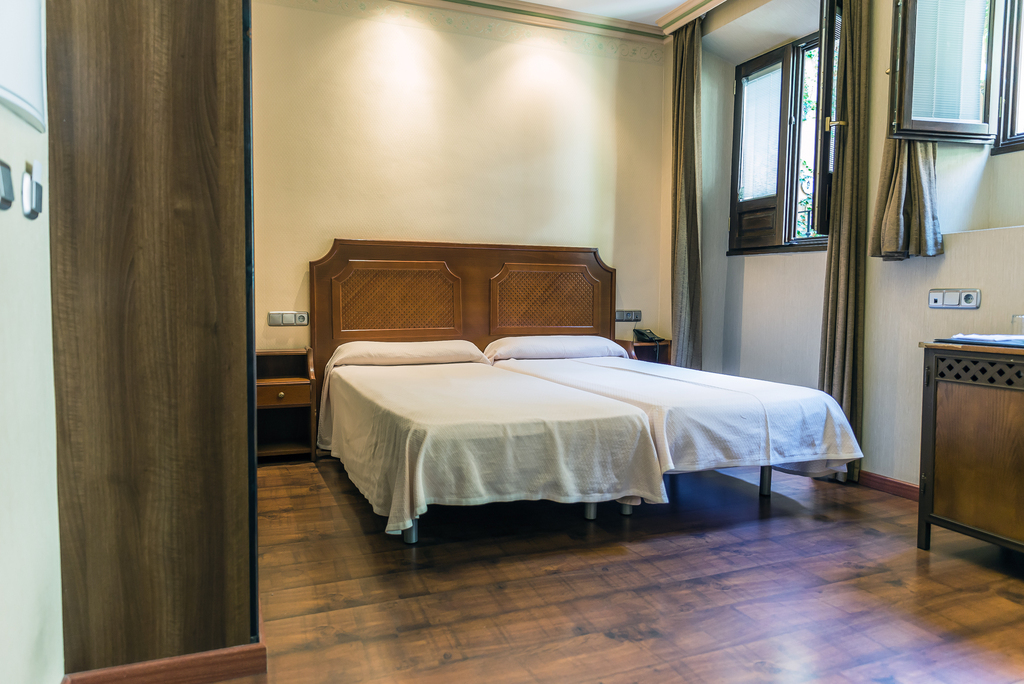 Double -room only