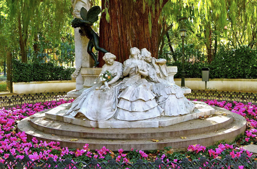 Enjoy Spring in Seville! - Refundable Offer