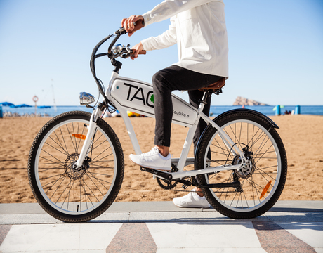 TAO Bike+Benidorm Plaza, a perfect getaway in E-Bike