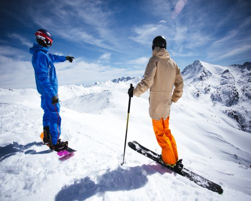 Weekend: hotel + ski pass + classes