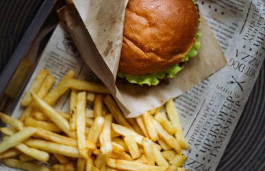 FAST FOOD OFFER AT YOUR ROOM