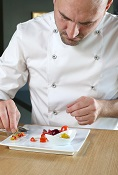 Degusta L'Ó (con una estrella Michelin)