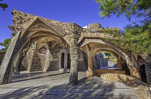 Sur le pas de Gaudí