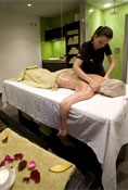 7x6 Offer: Stay 7 nights and only pay 6! Massage included